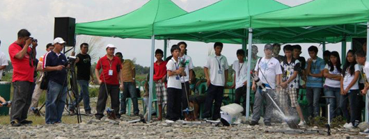 Pisay Baguio studes top 2011 National Water Rocket Competition